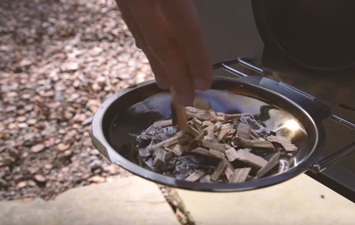 place wood chips