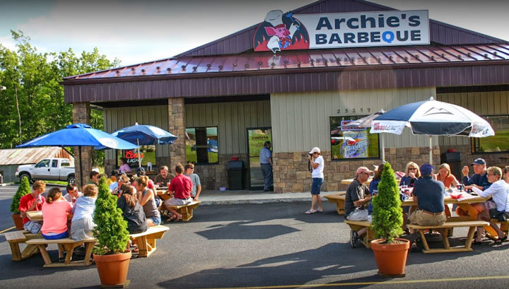 Archie's Barbeque in McHenry