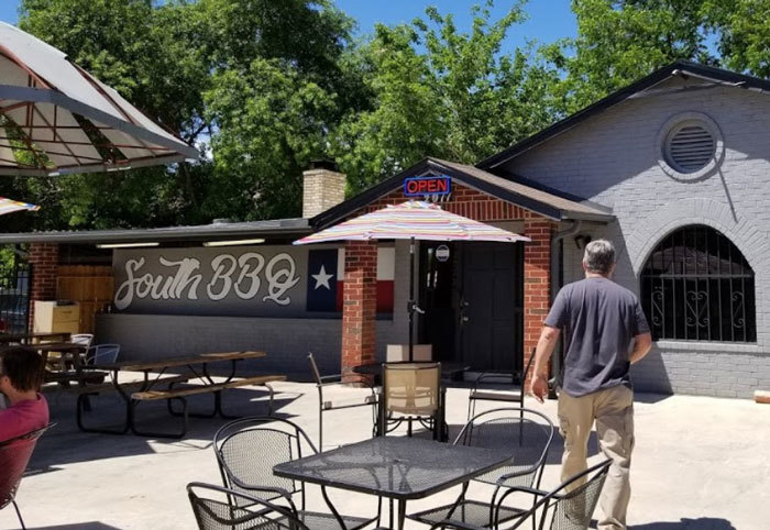 South BBQ and Kitchen